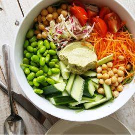 Makkelijke groenten & bonen bowl